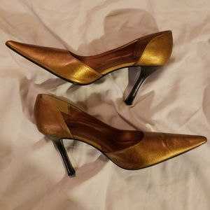 Pre-Owned  Diba Gold Pointy Toe Heels Size 11M Hee